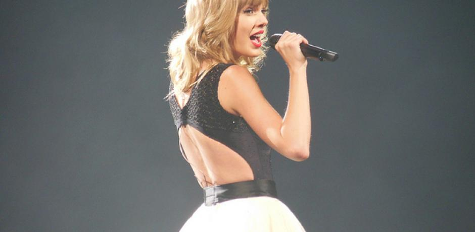 """""""Taylor Swift RED Tour"""" © Jana Beamer; Creative Commons license"""
